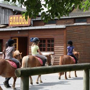 balade à poney à Fénicat