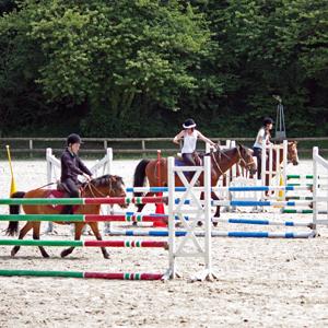 Jeux Pony-Games à Fénicat
